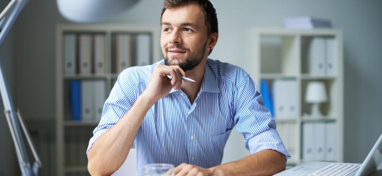 Dirigeant d'entreprise heureux